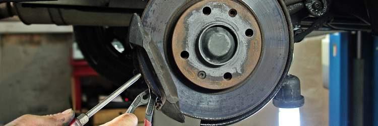 Riparazione disco freno auto